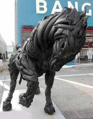 tire_sculptures_01.jpg