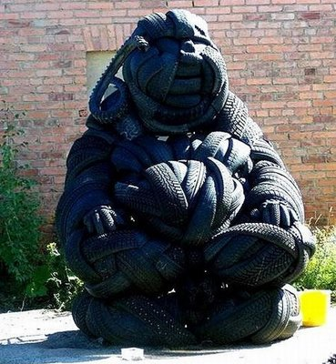 tire_sculptures_04.jpg